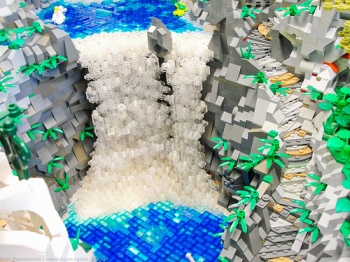 waterfall-in-lego-rivendell